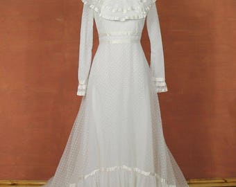Vintage 70s Wedding Dress Gown Belle Victorian Edwardian Ball Theater Train White Sheer Dots M