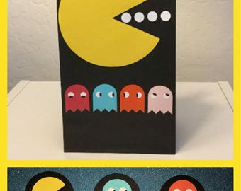Pac-Man/Ms. Pac-Man Party Bags with Cupcake Toppers