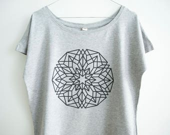 FREE DELIVERY! / Loose women Mandala T-Shirt for personal Growth and Development / Sacred gray Mandala Shirt / Mandala Top / Mandala Tee