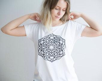 FREE DELIVERY! / Loose women Mandala T-Shirt for Enlightenment / White Mandala Shirt / Sacred Mandala Shirt / Mandala Top / Mandala Tee