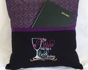 Reading Pillow cover / Cushion cover Wine and Books
