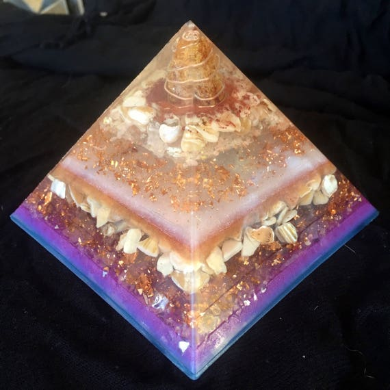 XLG Amber Orgonite® Pyramid- Genetic Memory Orgone Energy Pyramid- Clear out trauma and PTSD- Starseed Orgonite® Pyramid- Indigo Empath