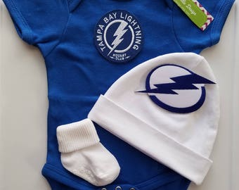 Tampa bay Lightning baby outfit/tampa bay lightning baby shower gift/lightning baby gift/tampa bay lightning hockey/baby lightning