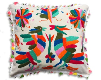 Mexican hand embroidered pillow. 45*45cm /18*18inches. decorative pillow, accent pillow, mexican pattern throw pillow. Mexican cushion,