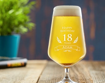 Engraved Beer Glass - Happy Birthday - Customised with Name and Age of Your Choice - Birthday Gift - Gift for Beer Lovers - Clear Glass