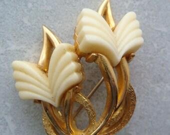 Vintage Sphinx Tulip Brooch