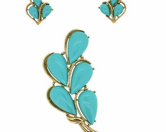 Trifari 1960s Turquoise Cabochon Brooch and Earrings Set