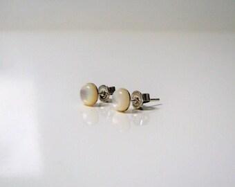 Earrings 925 sterling silver and abalone II dangle everyday II jewelry simple and minimalist studs white Stud Earrings II