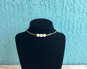 Loosh & Co Triple Pearl Suede Choker