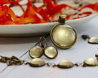 Handmade Jewellery Set - Gold Circle Necklace - Bronze Pendant - Bronze Bracelet - Handmade Earrings - Bronze Earrings