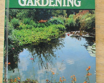 Water Gardening , 1986 , Peter McHoy , British Gardening Book