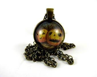FREE SHIPPING Vintage Halloween Jewelry Jack O Lantern Necklace Pumpkin Jewelry Jack O Lantern Jewelry Witch Jewelry Halloween Accessories