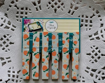 6 wooden clothes peg set, country peaches pegs, wooden pegs, clothespins house-warming gift set
