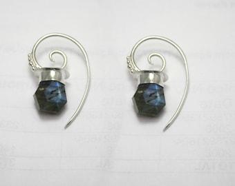 Labradorite Earrings   Rough cut nuggets   Labradorite and silver   Lamp post silver