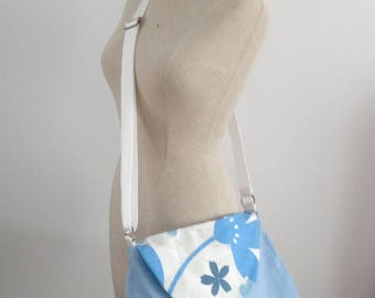 Floral blue shoulder bag
