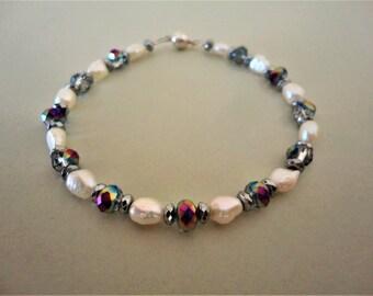 Pearl & Crystal Bracelet. Pearl Bracelet. Gray Crystal Bracelet. White Bracelet. Bridal Bracelet Bridesmaids Bracelet Wedding Bracelet Greek