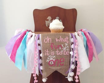 Winter ONEderland High Chair Banner/Cake Smash Photo Shoot/First Birthday Party Decor/Oh what fun it is to be one/Snowflake/Snow much fun