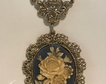Floral Cameo on Blue with Goldtone Chain Necklace - Vintage