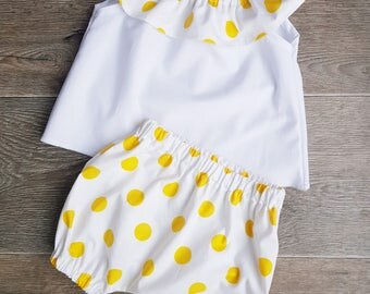 baby set, baby bloomers, baby outfit, yellow and white, top and bloomers, baby clothes, 6-9 months, limited edition