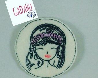 Fashion Girl feltie. Embroidery Design 4x4 hoop Instant Download. Felties