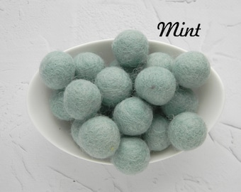 25 mm Mint Felt Balls 2.5 cm Wool Felt Balls Wool Pom Poms Felted Balls Christmas Felt Balls DIY Necklace  DIY Garland  DIY Mobile