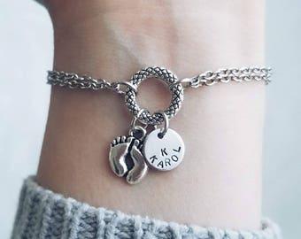 New mom gift,new mom jewelry,new mom bracelet,mom bracelet with initial,personalized bracelet,personalized new mom gift,personalized gift