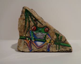 Frogs, Tree Frog, Painted Rock, Decorative Stones, Exotic Animals, Paintings, Unique Gifts, Wild Life