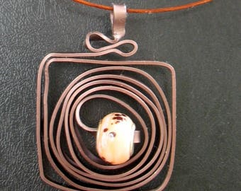 Pendant worked with matte chocolate brown flat glass Pandora bead aluminium wire