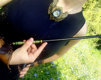 Carved wooden wand, hand-made: Flau (parchment gift!)