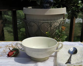Wedgwood Patrician Creamware Double Handled Soup Bowl