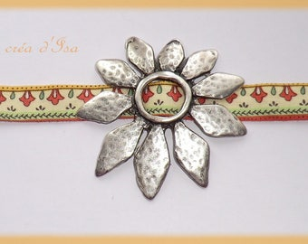 liberty fabric bracelet adorned with a great flower