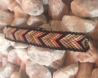 A Chevron bordered friendship bracelet