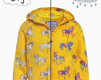 WATERPROOF magic yellow horses that changes color in the rain!  Yellow Raincoat Magic Horses