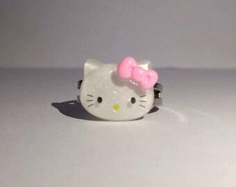 Sparkle Hello Kitty Ring