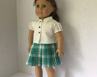 Back to school plad pleated skirt and white shirt
