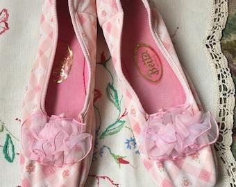 Vintage Betta Slippers