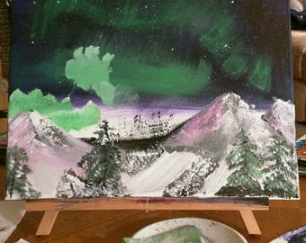 Northern lights mountains