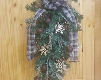 Christmas Tear drop Wreaths