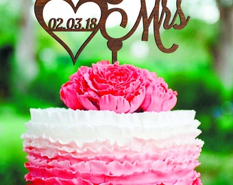 Mr and Mrs Cake Topper Wedding Cake Topper date Wood monogram cake topper gold rustic cake topper Mr and Mrs cake topper with Date gold Cake