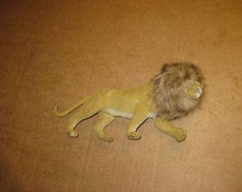 Stuffed Lion Figurine   [geo3620bt]