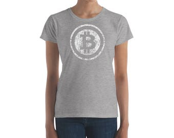 Bitcoin Cryptocurrency | HODL to the Moon | Crypto Blockchain Women's T-Shirt