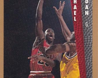 1992- 93 Fleer Michael Jordan #7  Mint condition