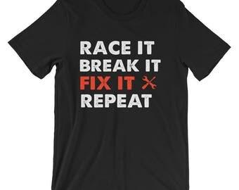 mechanic - racing - mechanic shirt - racing shirt - t shirt - mechanic gift - racing t-shirt - drag racing - mechanic shirts