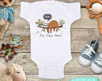 Hello I'm New Here. Cute baby sloth Baby bodysuit - cute birthday baby shower gift baby birth pregnancy announcement