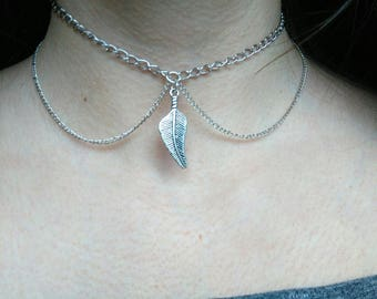 Chain Choker, Silver Colored Chain Choker with Leaf Pendant, Pendant necklace, Collar choker