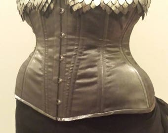 "26"" Silver Underbust Corset with Scalemaille"