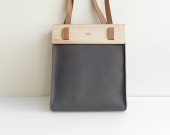 LOGGET Wooden Tote (Charcoal)