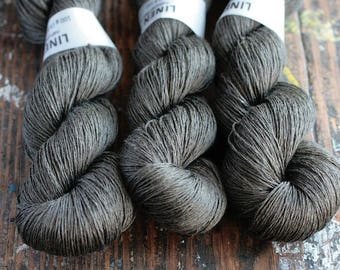 Linen yarn - 4-ply - fingering -- 002