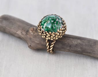 Vintage Brass Glass Cocktail Ring - BIG green art glass dome - flower setting twisted rope band - adjustable statement ring