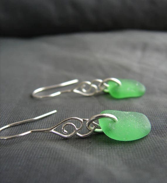 Whitecap sea glass earrings in kelly green